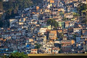 collina della corona situata nel quartiere catumbi di rio de janeiro. foto