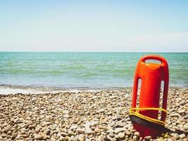 accessorio galleggiante di salvataggio arancione foto