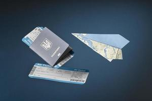 concetto di viaggio con biglietti passaporto passport foto