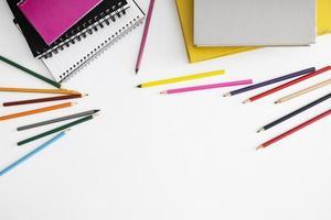 la disposizione dei bambini degli elementi di disegno foto