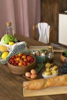 la composizione diversi ingredienti deliziosi foto
