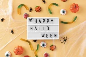 l'assortimento di elementi creativi di halloween foto