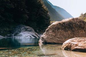 ponte dei salti, ticino, svizzera foto