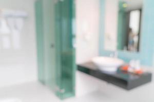 sfocatura astratta bagno interno della stanza foto
