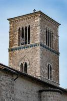 particolare della chiesa di san francesco a terni foto