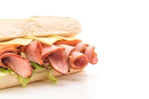 panino sottomarino prosciutto e insalata foto