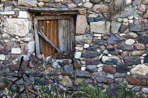 l'antico edificio astratto ospita le finestre foto