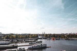 vista aerea della città di amsterdam, paesi bassi, europa foto