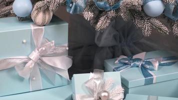 addobbi natalizi blu e argento foto