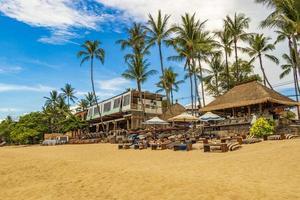 resort sulla spiaggia di bophut sull'isola di koh samui, thailandia foto