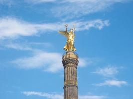 statua dell'angelo a berlino foto