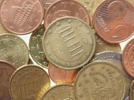 monete in euro isolate foto
