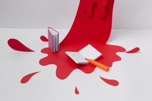 arrangiamento di soggetti artistici con vernice rossa foto