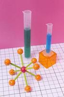 disposizione della materia di chimica natura morta foto