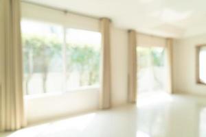sfocatura astratta stanza vuota in una casa per lo sfondo foto