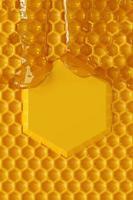 Gocciolamento del miele della rappresentazione 3d e fondo del favo. foto