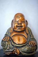 simbolo della religione dell'estremo oriente scultura del buddha foto