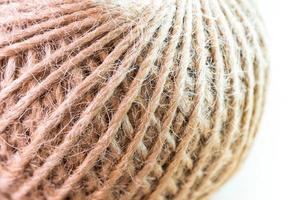 trama del cavo di canapa rustico naturale marrone in rotolo foto