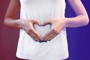 cura della salute. salute dell'intestino, stomaco. foto