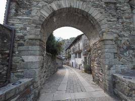 villaggio di donna porta orientale foto
