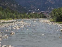 fiume dora baltea a donnas foto