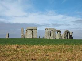 monumento di stonehenge ad amesbury foto