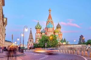 La cattedrale di san basilio nella piazza rossa di mosca russia foto