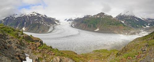 panorama del ghiacciaio alpino foto