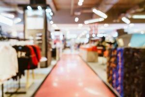 negozio di sfocatura astratta e negozio al dettaglio nel centro commerciale per lo sfondo foto