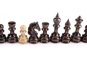 gioco di scacchi. processo decisionale strategico foto