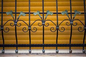 disegno di architettura astratta di recinzioni in ferro foto