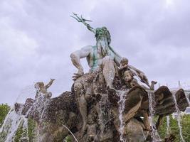 Fontana di Neptunbrunnen a Berlino foto