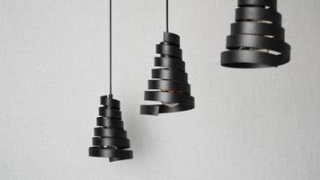 un moderno loft lampadari a spirale in metallo nero foto