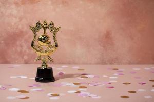 concetto di vincitore con un fantastico premio foto