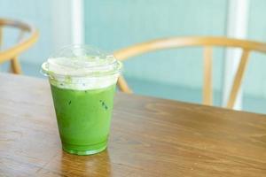 crema di formaggio al tè verde matcha foto
