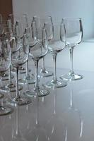 bicchieri vuoti catering per eventi foto