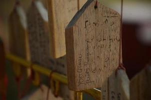 tavola di preghiera o tavolette di preghiera in legno foto