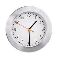 l'orologio mostra la metà del secondo foto