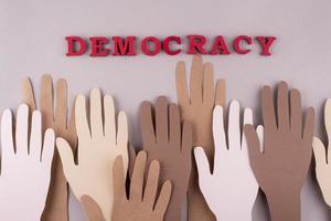 composizione della democrazia in stile carta vista dall'alto foto