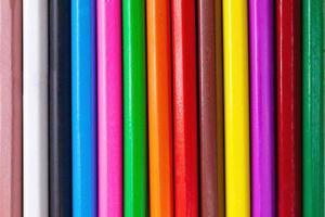 modello astratto di legno colorato pastello matite texture di sfondo. foto
