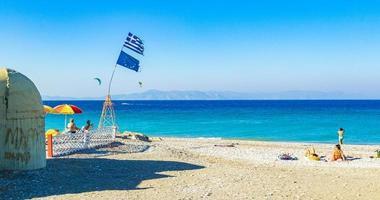 persone alla spiaggia di kremasti, rodi, grecia, 2018 foto