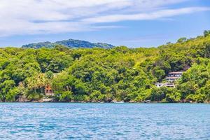 grande isola tropicale ilha grande praia de palmas beach brasile. foto