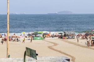 rio de janeiro, brasile, gennaio 01, 2015 - spiaggia di leme a copacabana foto