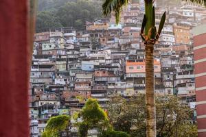 rio de janeiro, brasile, 2015 - favela da rocinha foto