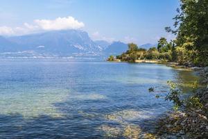 il lago di garda e la bellezza di punta san vigilio. foto