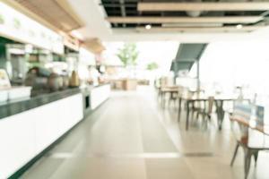 sfocatura astratta food court nel centro commerciale per lo sfondo foto