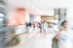 sfocatura astratta interni hall dell'hotel per lo sfondo foto