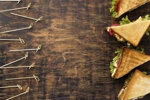 panini triangolari piatti con spazio di copia foto
