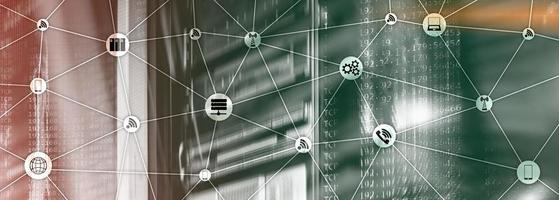 sito web banner tecnica mista. iot - concetti di internet delle cose. ict - tecnologie dell'informazione e delle telecomunicazioni. foto