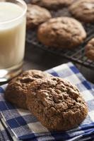 biscotti fatti in casa con doppio pepita di cioccolato foto